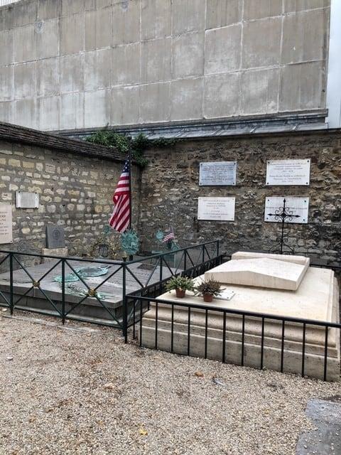 פיקפוס: מקום מנוחתם האחרון של הרוגי הגיליוטינה