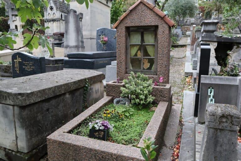 סנט וינסנט, סנט וינסנט פריז: בית הקברות האינטימי של מונמארטר