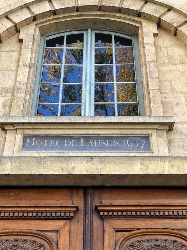 אוטל דה לוזן פריז- היהלום ששוכן באיל סן לואי