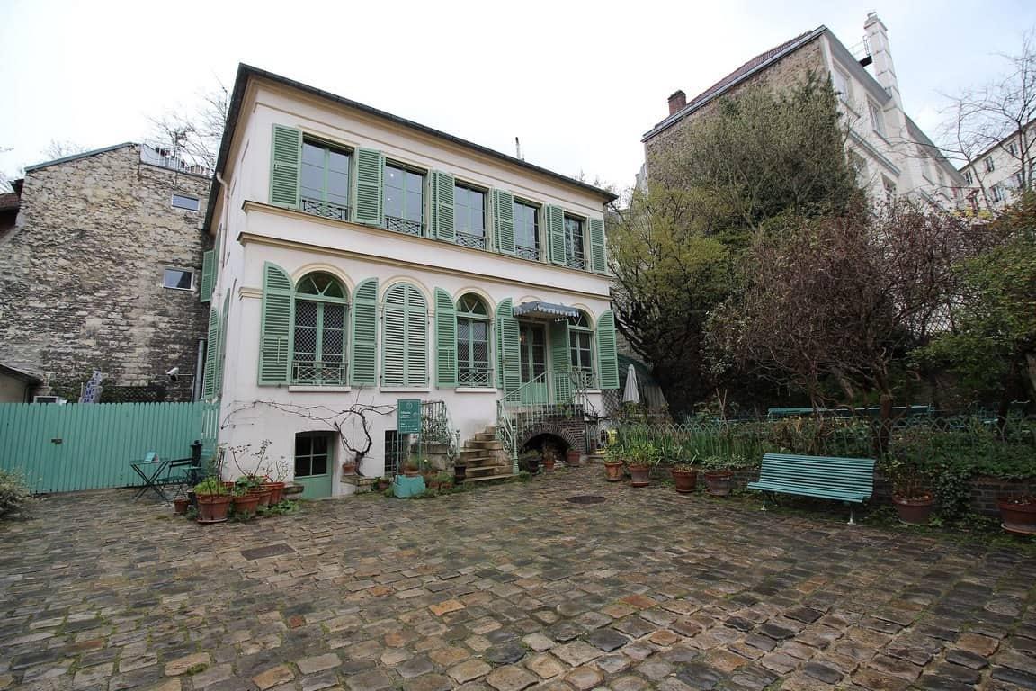 מוזיאון החיים הרומנטיים פריז- פינת חמד ברובע התשיעי