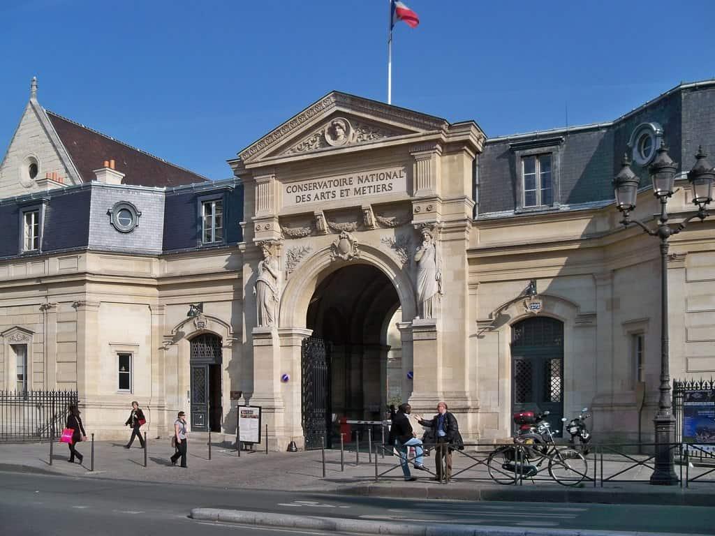 מוזיאון האומנויות והמקצועות פריז-ביתם של הממציאים
