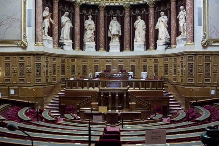 ארמון לוקסמבורג, ארמון לוקסמבורג פריז- סיפורו של משכן הסנאט הצרפתי
