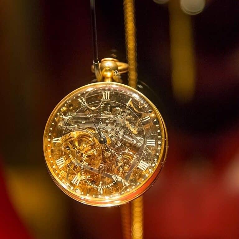 השעון, השעון של מארי אנטואנט: סיפור אהבה חוצה גבולות
